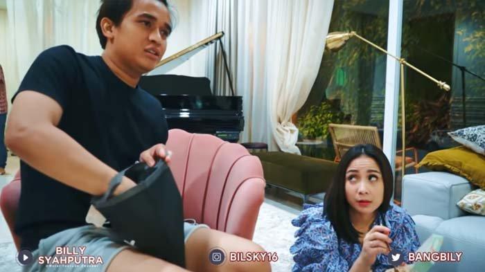 Billy Syahputra bikin Nagita Slavina sewot saat ditanya soal Amanda Manopo (YouTube/Billy Syahputra)