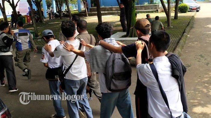 Masuk WhatsApp Group Perencanaan Tawuran, 5 Pelajar SMK Kota Bogor Diamankan