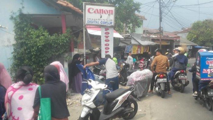 BREAKING NEWS - Seorang Pria Ditemukan Tewas di Dalam Kios Fotocopy di Bogor