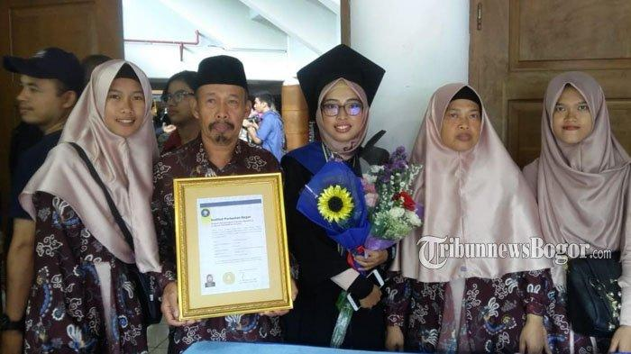 Kisah Anak Tukang Ojek Asal Ungaran Semarang yang Meraih Lulusan Terbaik di Kampus IPB