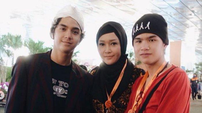 Lihat Dul Jaelani dan Tissa Biani Bermesraan, Al Ghazali: Lucu, Dulu Aku Juga Gitu