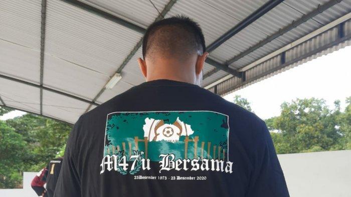 Obati Rindu, Suporter Persikabo Kirim Kaos untuk Manahati Lestusen