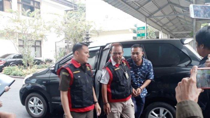 Jadi Tersangka Kasus Korupsi, Anggota Satpol PP Kota Bogor Dipecat Walikota