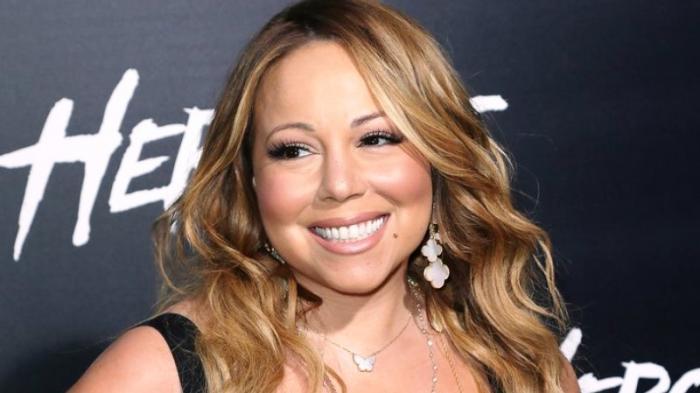 Mariah Carey Jaga Kecantikannya dengan Mandi Susu