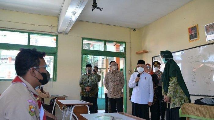 Maruf Amin Didampingi Mendikbudristek Tinjau PTM Terbatas dan Vaksinasi di Kabupaten Bogor