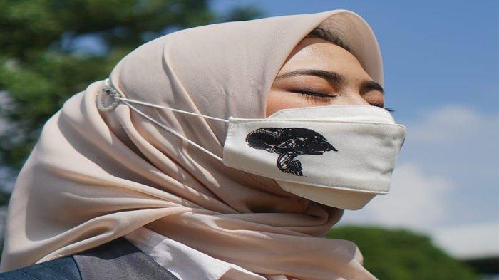 Keren ! Mahasiswa IPB Ciptakan Masker Kain dengan Tisu Isi Ulang Aromatherapy Bahannya dari Jerami