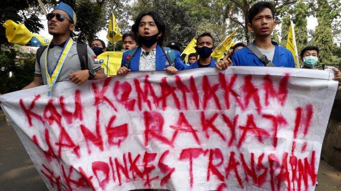 BREAKING NEWS - Kantor Dinas Kesahatan Kabupaten Bogor Didemo Massa Mahasiswa