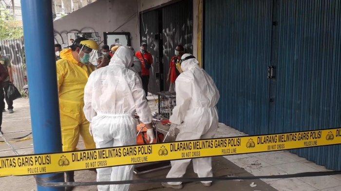 Mayat Perempuan di Cibinong Bogor Dievakuasi Petugas Berpakaian APD, Diduga Meninggal karena Sakit