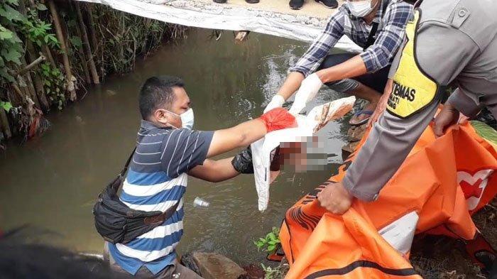 Warga Cibinong Bogor Geger Temukan Sesosok Mayat Bayi Tersangkut di Sungai Dekat Jenggot Pancing