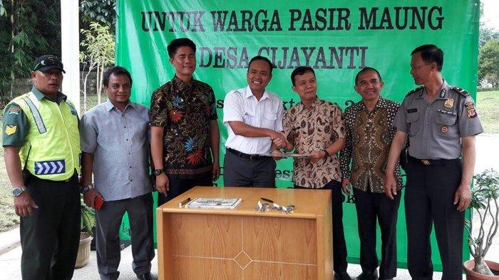 Tak Punya Jamban, Sentul City Bangun MCK Untuk Warga Desa Cijayanti