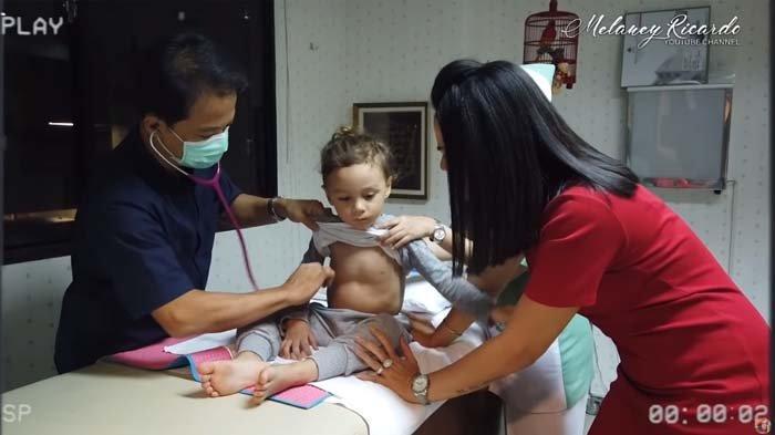 Curhat Melaney Ricardo, Nangis Lihat Putranya 5 Bulan Tak Berhenti Batuk, Sempat Kira Idap Covid-19