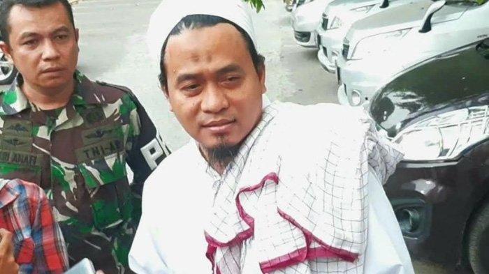Menantu Wiranto Kabarkan Kondisi Mertuanya usai Ditikam Abu Rara, Menkopolhukam Akan Segera Pulang?