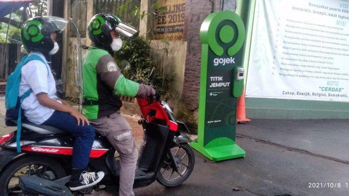 Dukung PTM Agar Tetap Ptokes, Gojek Beri Fasilitas Protokol Kesehatan Ke Sekolah di Bogor