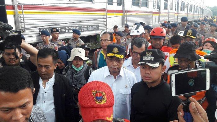 Kereta Anjlok Di Kebon Pedes, Menhub Harap KRL Commuter Line Jakarta-Bogor Bisa Beroperasi Besok
