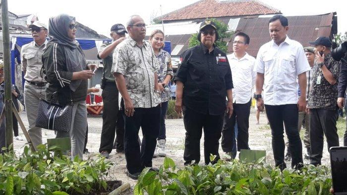 BREAKING NEWS - Menteri LHK Siti Nurbaya Mendadak Datang ke Kantor Kelurahan Bogor