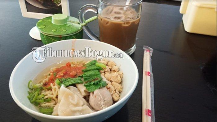 Makan Siang Enak dengan Mie Ayam Khas Belitung di Bogor, Makin Pas Ditemani Es Kopi Susu Belitung