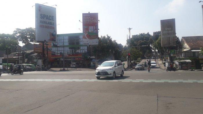 Lalu Lintas di Simpang Warung Jambu Kota Bogor Saat Ini Ramai Lancar, Cuaca Cerah
