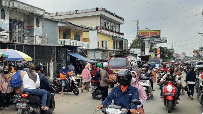 INFO LALU LINTAS - Jalan Raya Bojonggede Terpantau Ramai Lancar