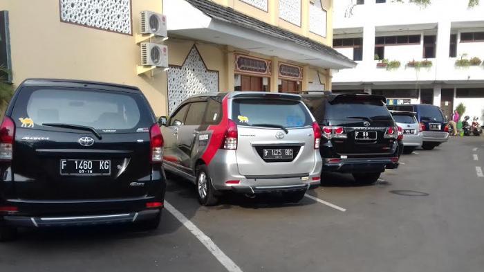 Alasan Tugas Luar Kota, PNS Kota Bogor ini Bawa Mobil ke Kantor