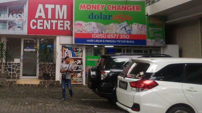 Dollar Hari Ini Sentuh Rp 15.200, Money Changer di Kota Bogor Alami Peningkatan Transaksi