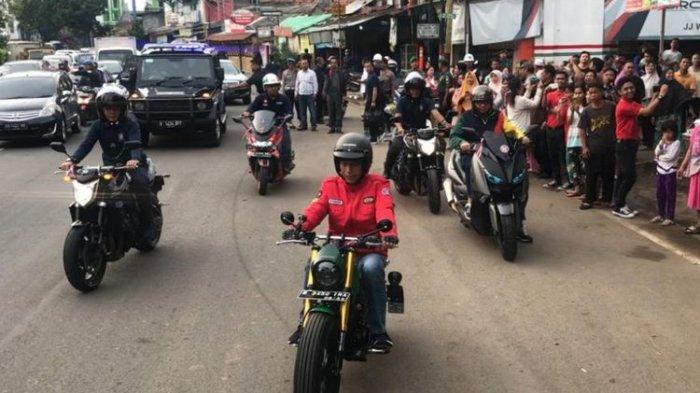 Mahasiswa UKI Ajukan Gugatan ke MK, Singgung Jokowi Tak Ditilang Saat Lampu Motornya Mati