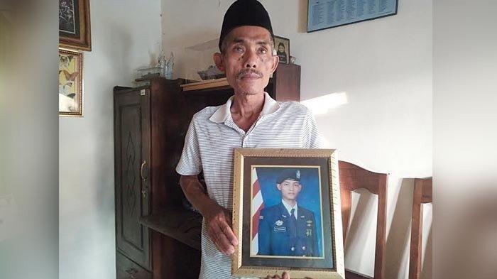 Curhat Ayah Awak Kapal Selam KRI Nanggala-402 : Saya Mohon Umumkan di Masjid