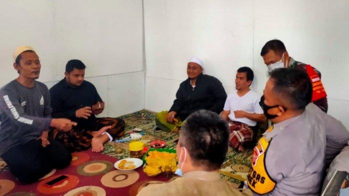 Petugas Gabungan Kunjungi Markaz Syariah Habib Rizieq di Puncak, Pastikan Tak Ada Atribut FPI