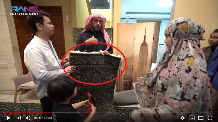 Dihadiahi Karpet Masjidil Haram oleh Syekh Ali Jaber, Gigi Ingat Momen Umrah Bareng Raffi: Merinding