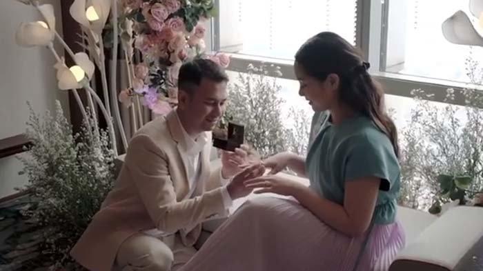 Raffi Ahmad Baca Surat Cinta di Ulang Tahun Pernikahan, Nagita Slavina Semringah Diberi Kado Mewah