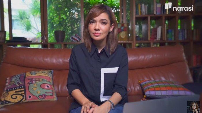Kabar Duka Putrinya Wafat Usia 1 Hari, Najwa Shihab Menangis Depan Makam : Selamat Ulang Tahun Cinta