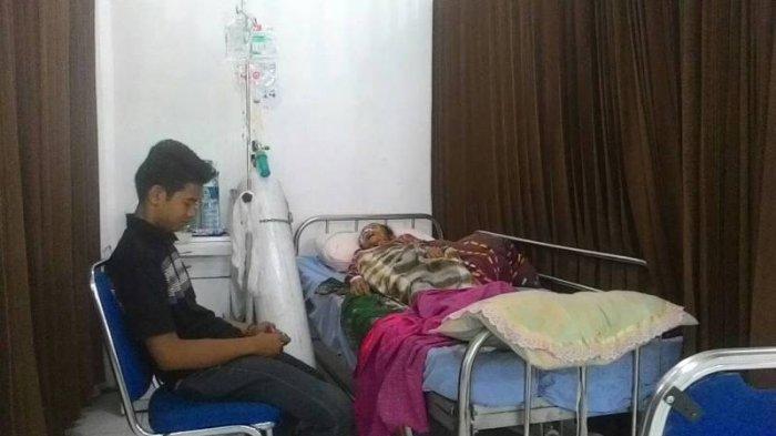Sempat Jatuh, Tensi Darah Nenek Penghuni Rumah yang Atapnya Hampir Ambruk Kini Tak Stabil