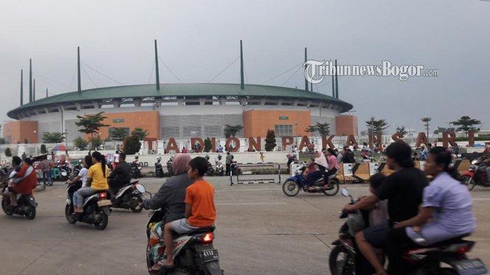 Kawasan Stadion Pakansari Jadi Lokasi Ngabuburit Warga Bogor