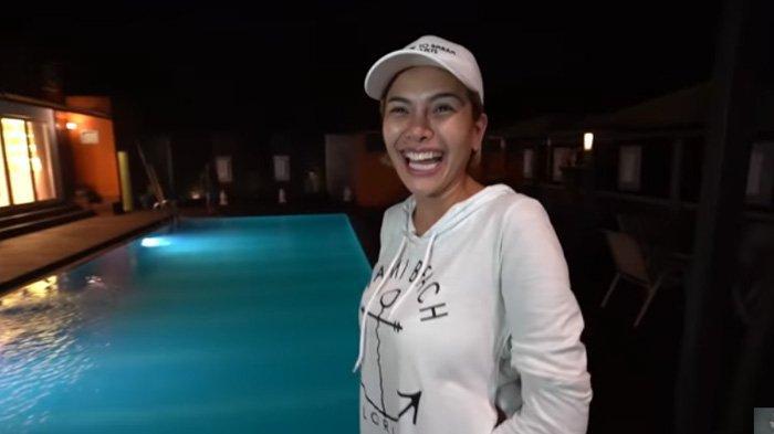 Nikita Mirzani Tengah Malam Kunjungi Rumah Pasha Ungu, Nyai Kaget Lihat Penampakannya: Sumpah!