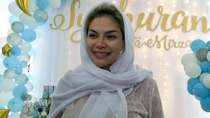 Dapat Sebutan Ratu Nyinyir, Sifat Asli Nikita Mirzani Diungkap Sopir Ojol Ini