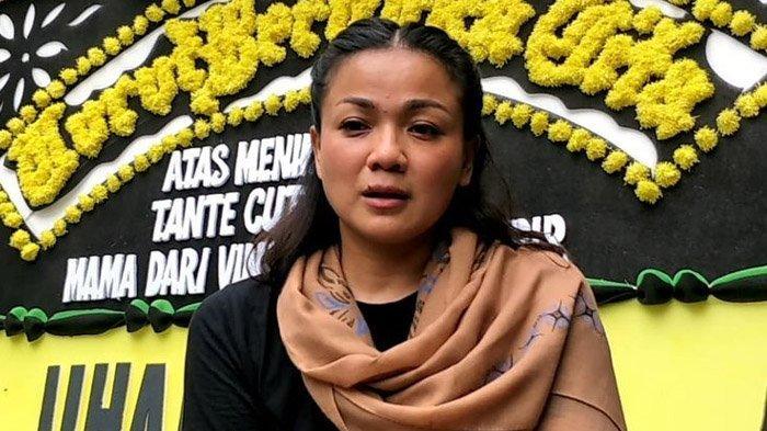 Nirina Zubir Sebut Ibunya Tidak Sakit Saat Meninggal Dunia