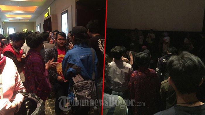 Nobar Film Negeri Dongeng, Pria Ini Sarungan Selama Berada Di Cinema XXI CCM