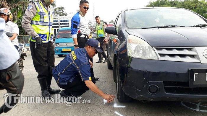 Olah TKP, Mobil dan Truk yang Mirip dengan Kendaraan yang Terlibat Kecelakaan Distop Polisi