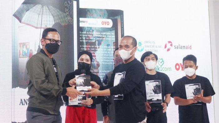 Wali Kota Bogor, Bima Arya kembali berbagi pengalamannya menjadi seorang penyintas di acara One Day With Survivor Covid-19 Kota Bogor di Mall Botani Square, Sabtu (5/6/2021).