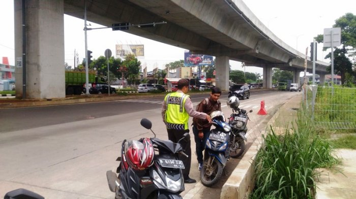 Sudah Tahu Ada Operasi Zebra, Pengendara Motor di Bogor Ini Nekat Tak Bawa SIM