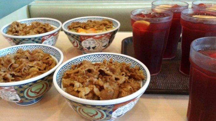 Nyobain Beef Bowl Yoshinoya yang Digemari Pecinta Makanan Jepang