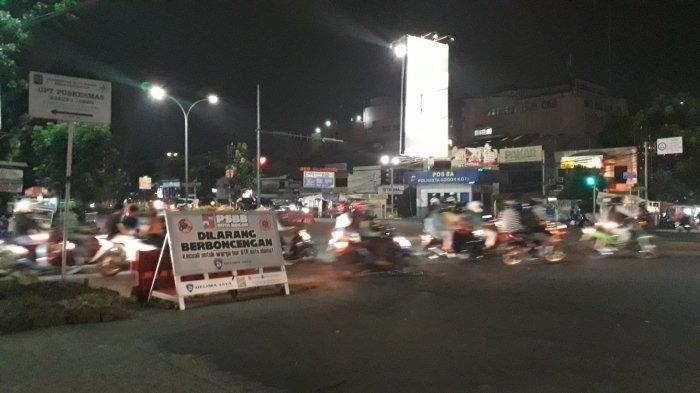 Info Lalu Lintas - Simpang Warung Jambu Bogor Malam Ini Ramai Lancar