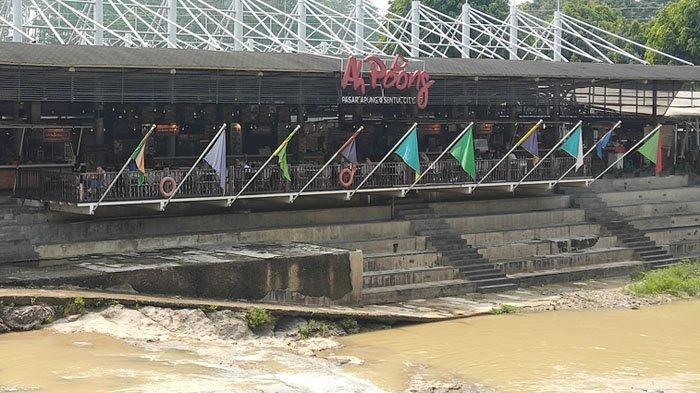 Wisata Kuliner di Ah Poong, Surganya Makanan Khas Nusantara