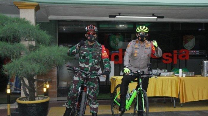 Patroli Protokol Kesehatan Sambil Gowes, Kapolres dan Dandim Temukan Warga Abaikan Masker
