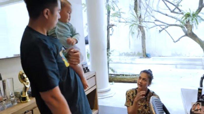 Paula Panik Sampai Pucat Kiano Jatuh dari Tempat Tidur, Baim Wong : Kalo Kenapa-napa Nyesel Kamu