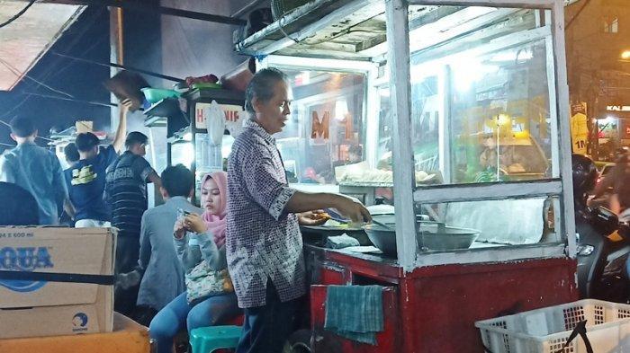 5 Lokasi Kuliner Makan Malam Lezat di Bogor, Taman Air Mancur dan Jembatan Merah, Harga Murah Meriah