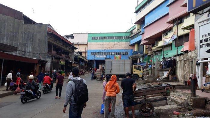 Belum Lama Ditertibkan Satpol PP Bogor, Pedagang Sayur Musiman Kembali Berdagang di Atas Trotoar
