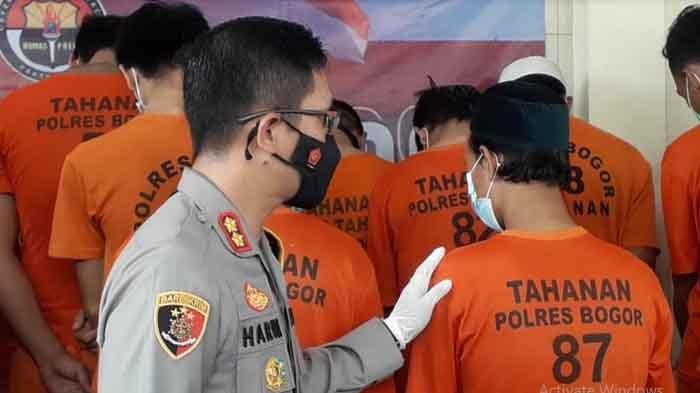 Dua Pedagang Tanaman Hias di Bogor Nyambi Jualan Sabu, Ngakunya Buat Tambah-Tambah