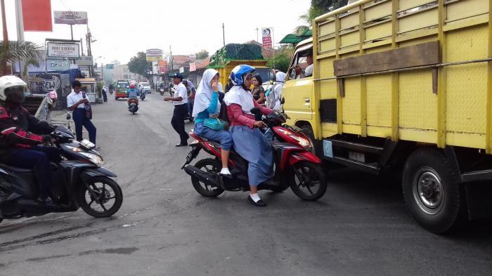 Tak Perduli One Day No Car, Pelajar Kota Bogor Tetap Naik Motor