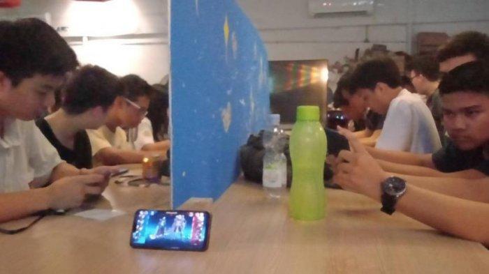 Pelajar Bogor Adu Skill Main Mobile Legend dan DOTA di Event SPEAK X: Stardust 2019
