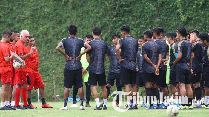 Arema FC Kemungkinan Bakal Uji Coba Lawan Klub Asal Singapura